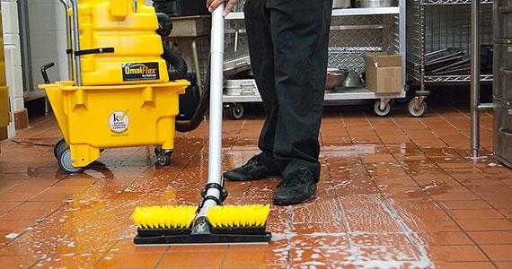 Podlahové mycí stroje - KaiVac, Tomcat