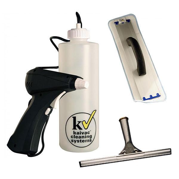 System KaiFly - čisticí stěrka, mikrovláknový hadřík a postřikovač