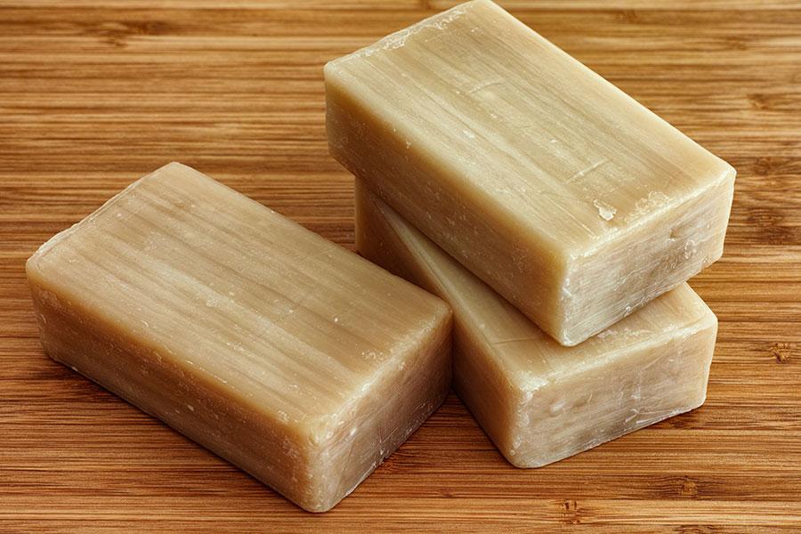 Obyčejné mýdlo je účinnější než antibakteriální čisticí prostředky
