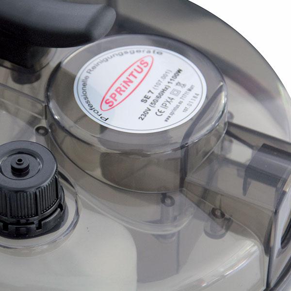Sprintus SE 7 – vodní vysavač (extraktor) s rozprašovačem na čištění koberců a čalounění
